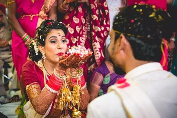 a7dc5c57c277f Candid Wedding Photographers in Delhi - The Wed Cafe