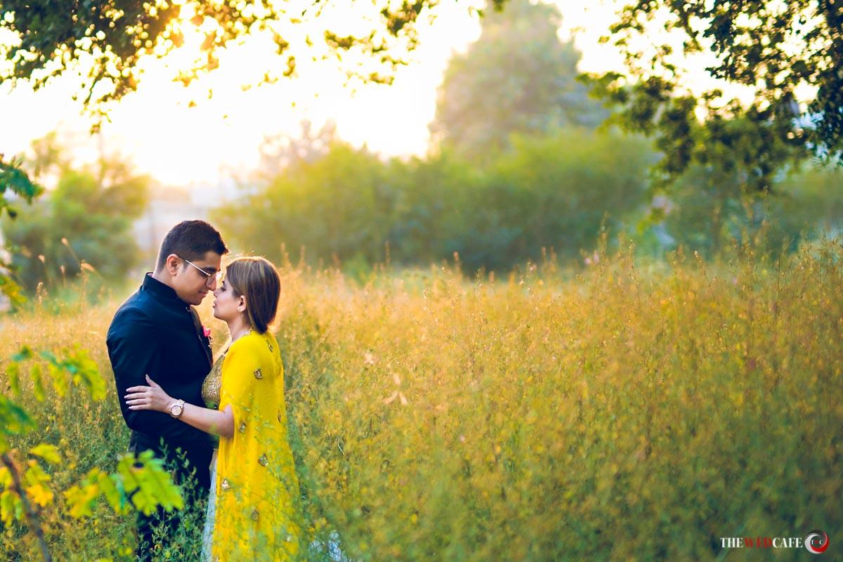 Filmy style pre-wedding photoshoot