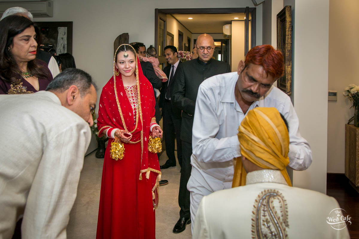 candid wedding photographer in delhi
